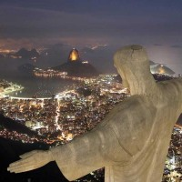 christ-the-redeemer-statue-at-night-seen-from-helicopter_0